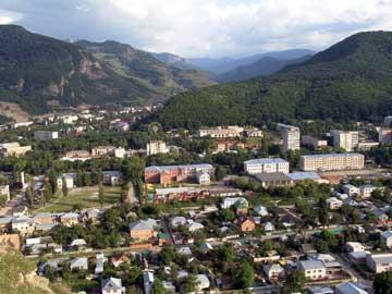Сегодня город носит название коренных жителей - карачаевцев
