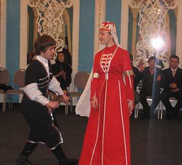 танец знакомств тюз тепсеу